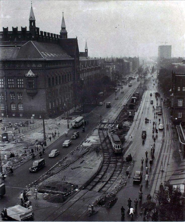 Københavns Rådhus - H.C.Andersens Boulevard 1954. Foto Vittus Nielsen. Fra kb.dk