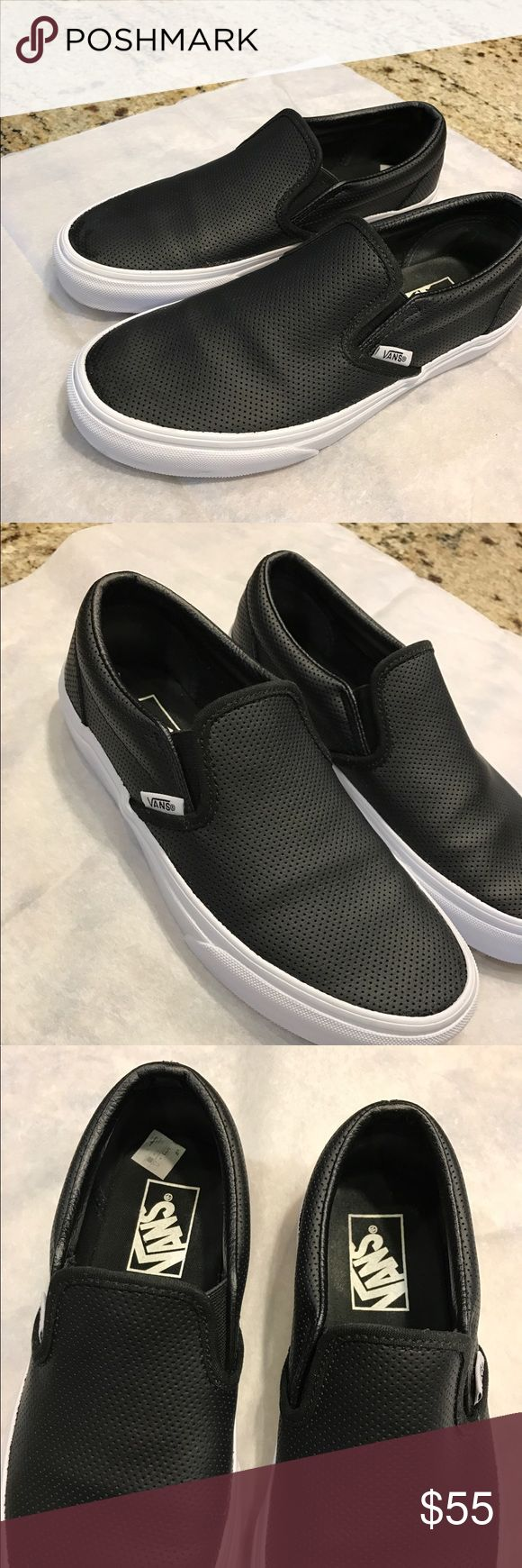 Classic sneaker vans Dual elastic goring providen a snug,comfortable fit. True to size ,sized according to women's sizes.shoe reflects men's & womens sizing . Brand new with out box . Vans Shoes Sneakers