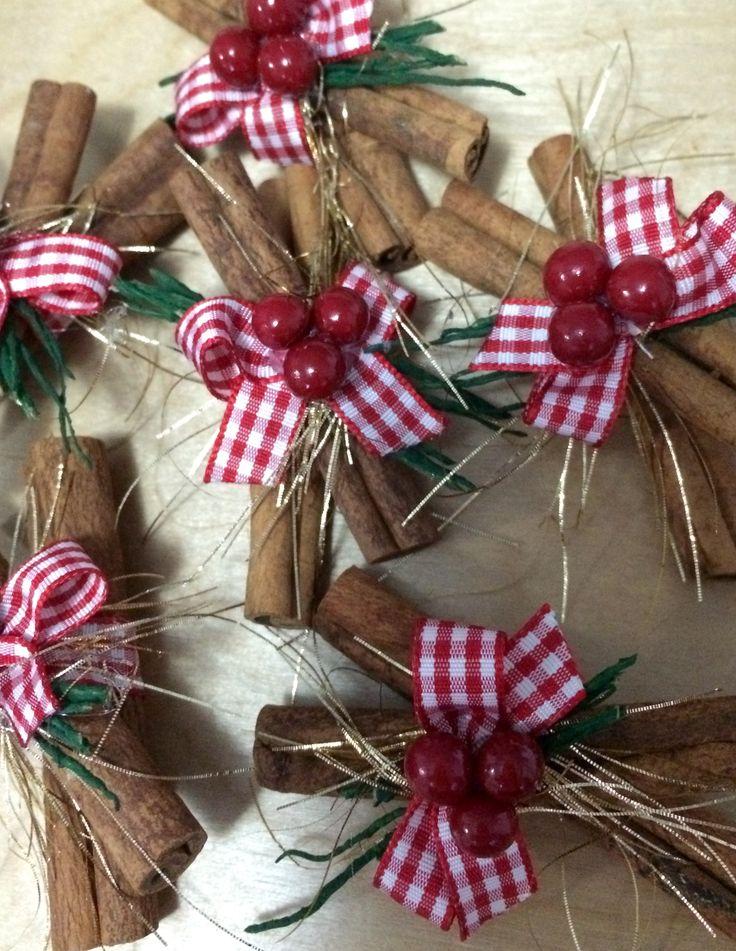 Christmas Cinnamon Sticks