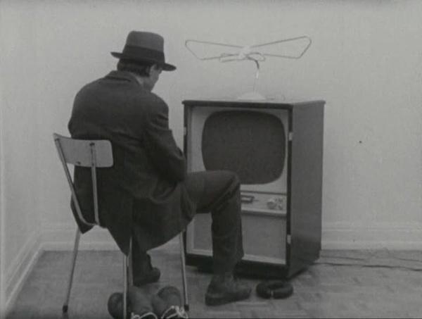 """Joseph Beuys, »Filz-TV« Teil von """"Identifications"""", 1970"""