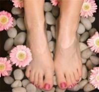 Cómo hacer una crema exfoliante para pies