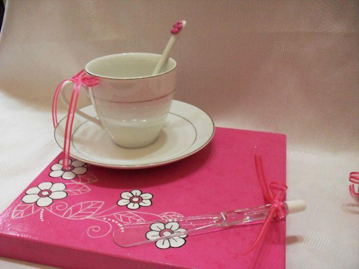 Detalles tapa de la caja taza con cuchara con flor en for Tazas porcelana