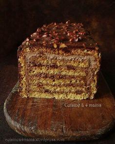 Pour le gâteau de fin d'année de l'année dernière j'avais opté pour une bûche pâtissière aux noisettes et au chocolat, un choix qui a satisfait tous mes gourmands ! …