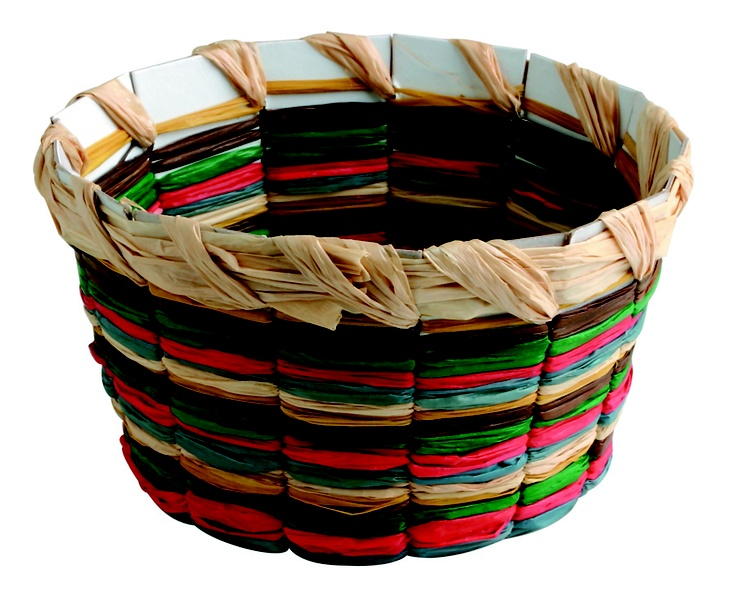 "Paul's Baskets (481-183) from Guildcraft Arts & Crafts! Use this special weaving project to teach preteens and teens about Paul's escape. Includes natural raffia in assorted colors and precut cardboard bases. 2 1/2"" x 4 1/2"". #VBS #VBS2013 #VBS13"
