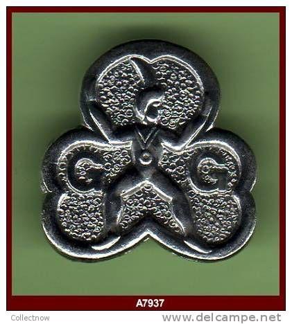 Brownie membership pin.
