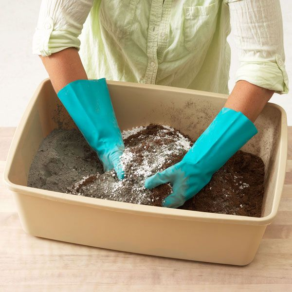 Hypertufa Step 1: Mix dry ingredients 1:1:1 Portland Cement:Perlite(vermiculite):Peat Moss http://www.lowes.com/creative-ideas/woodworking-and-crafts/make-hypertufa-pots/project#noop