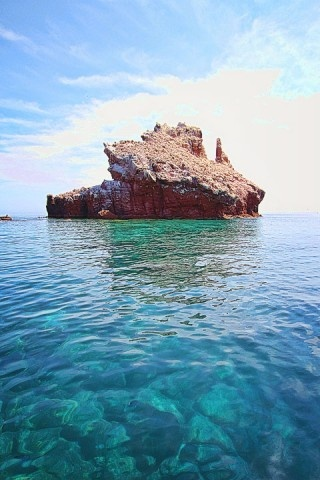 Little Island off of la Isla Espiritu Santo near La Paz, Baja California Sur, Mexico.