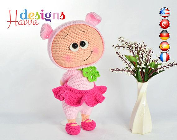 ◆❤ Welcome to Havva Designs Patterns Store ❤◆  ❥ This listing is for an amigurumi pattern, not the finished toy. ❥ Crochet pattern in pdf format, and emailed to you within 24 hours of your payment! ❥ Please add your email address your order when you purchase a product. ❥ This pattern is available in English, Deutsch, Français, Spanish and Turkish Languages. ❥ The country flags added to corners of pictures to show the patterns in which languages is written. ❥ The finished approximately 25 cm…