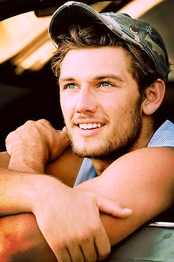 Alex Pettyfer. I have yet to see him in a movie where I didn't love him.