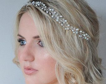 Freshwater Pearl and Swarovski Crystal Bridal Crown, Wedding Hair Accessory, Pearl and crystal Bridal Wreath, Pearl and crystal Wedding Halo