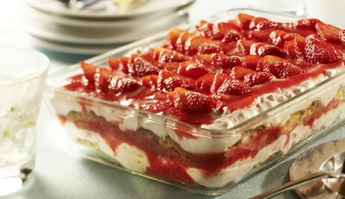 MAGGI Rezeptidee fuer Erdbeer-Cantuccini-Tiramisu