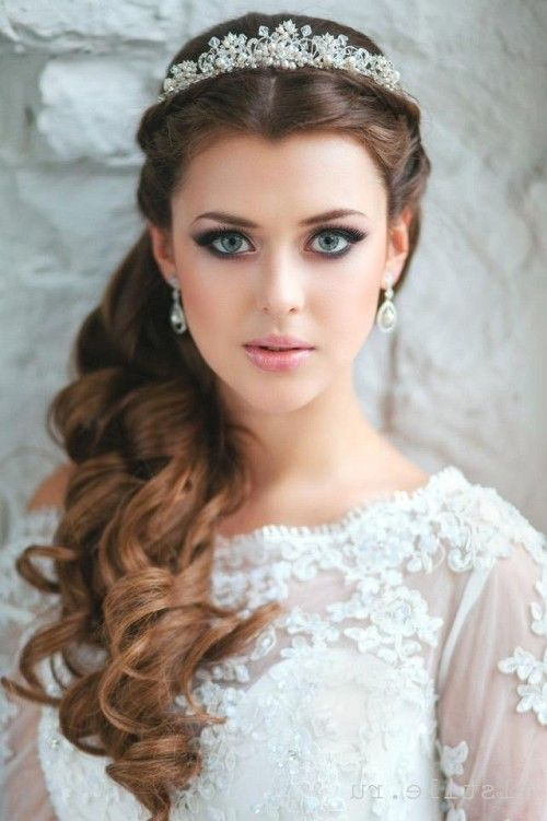 ... quinceanera hairstyles for long hair with curls and tiara ...