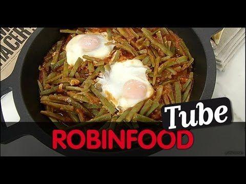 ROBINFOOD / Vainas con tomate y huevos escalfados + Vasito de canela | Martín Berasategui