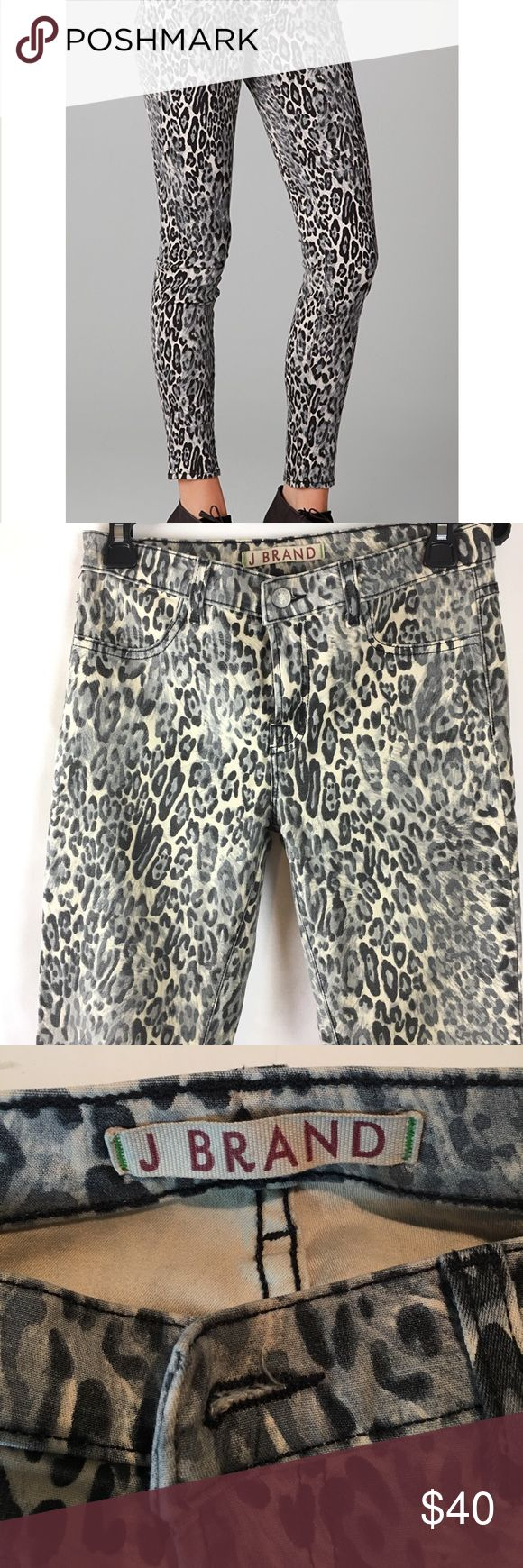 """J Brand Snow Leopard Leggings size 27 27 waist 30 inseam 8 1/2"""" rise Skinny legging made famous by Kardashians! Excellent condition! J Brand Jeans Skinny"""