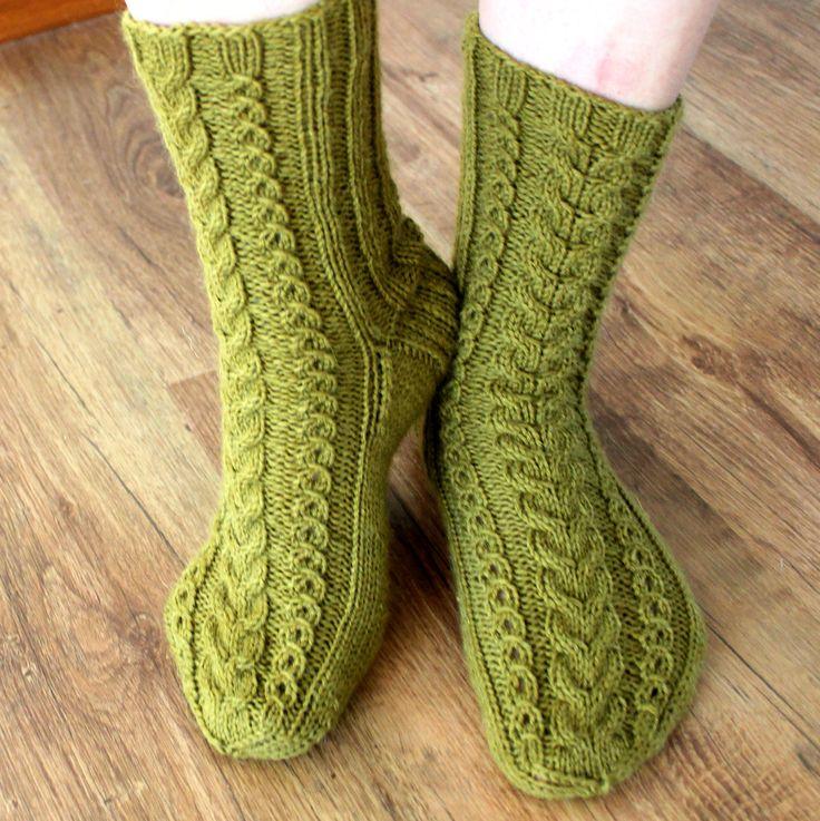 Easy Knit Baby Booties Free Pattern : October socks -Woolsocks, knitting, MyPattern, free finnish & deutsch pat...
