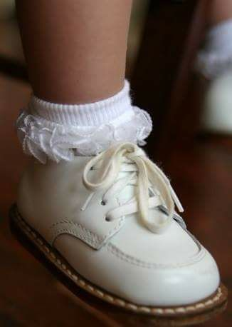 b766452128966 I love these things so much! I wear white Reebok Princess high tops just  because they remind me of these classic baby shoes.