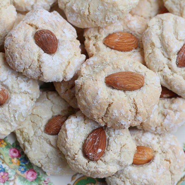 Simple Italian almond cookies (gluten free)