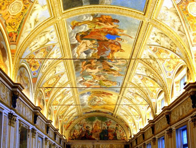 Stunning frescoes of the Sala degli Specchi in the Palazzo Ducale in Mantual, Italy -- one of our higlights of Mantova