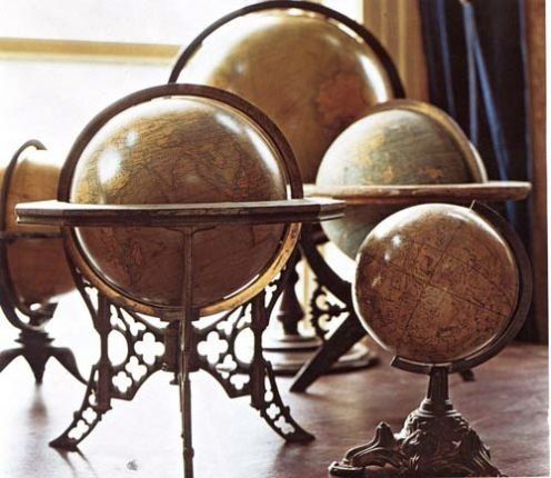Love these antique looking globes. Have the small one on my desk!