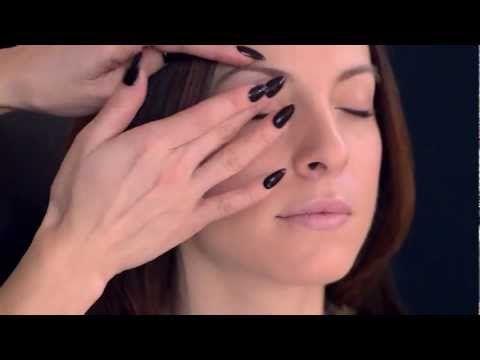Vlog Semaine 1 - Teint Lumineux Parfait CC Vlog #concours #DuelLooksMM mariemaiannabelle.com/vote