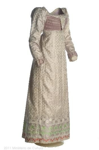 Dress ca. 1815-19  From the Museo del Traje