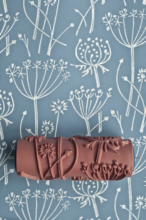Ces rouleaux à peinture de la maison peint à motifs, basée en Grande-Bretagne, viennent dans une gamme de différentes conceptions et sont