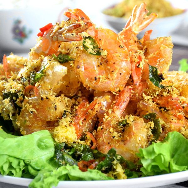 Butter Prawns With Oats And Egg Floss How To Make In 5 Steps Recipe Butter Prawn Prawn Fried Fish Recipes