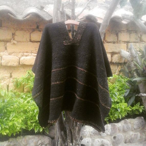 Hand Woven Ruana/ 100% Pure Wool / Made in the Andes by CasaLunaCo