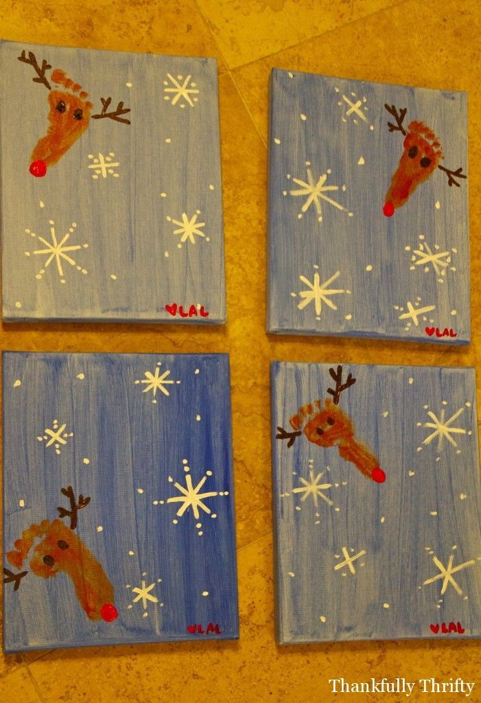 Canvas using child's foot to make a reindeer. SO CUTE! #HandprintHolidays