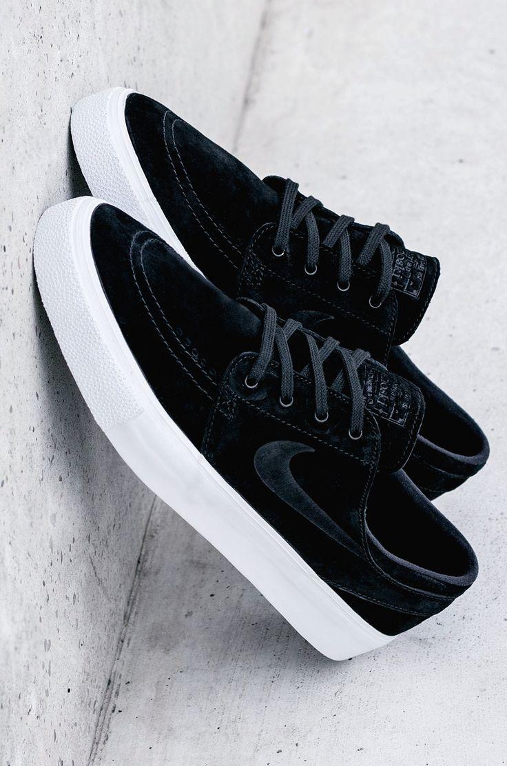 Nike SB Zoom Janoski HT Black/White #sneakernews #Sneakers #StreetStyle #Kicks