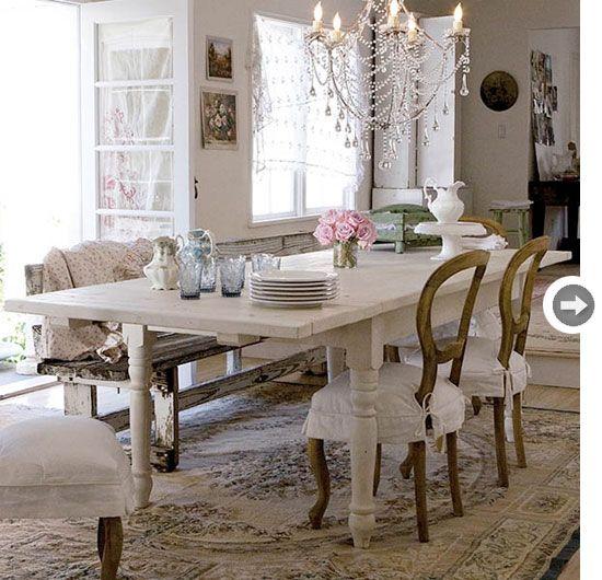 decor-shabbychic-table.jpg