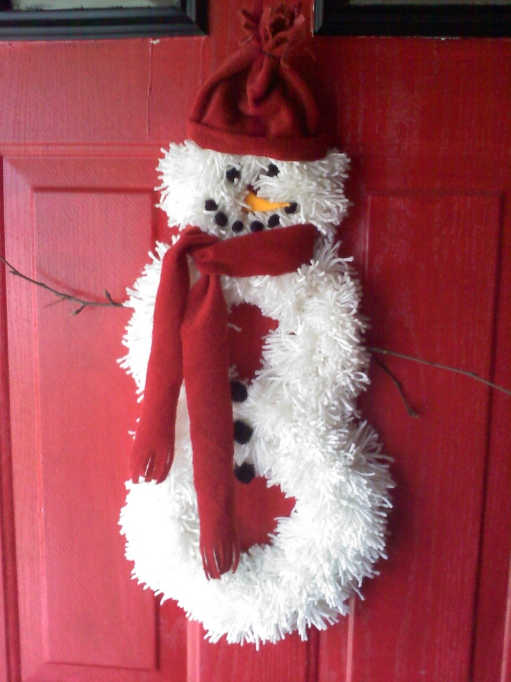Yarn Wreath Snowman!: Wreaths Idea, Wreaths Snowman, Snowman Wreaths, Wreaths Wreaths, Snow Man Wreaths, Wreaths Glassblock, Yarns Wreaths, Chreastma Wreaths, Seasons Wreaths