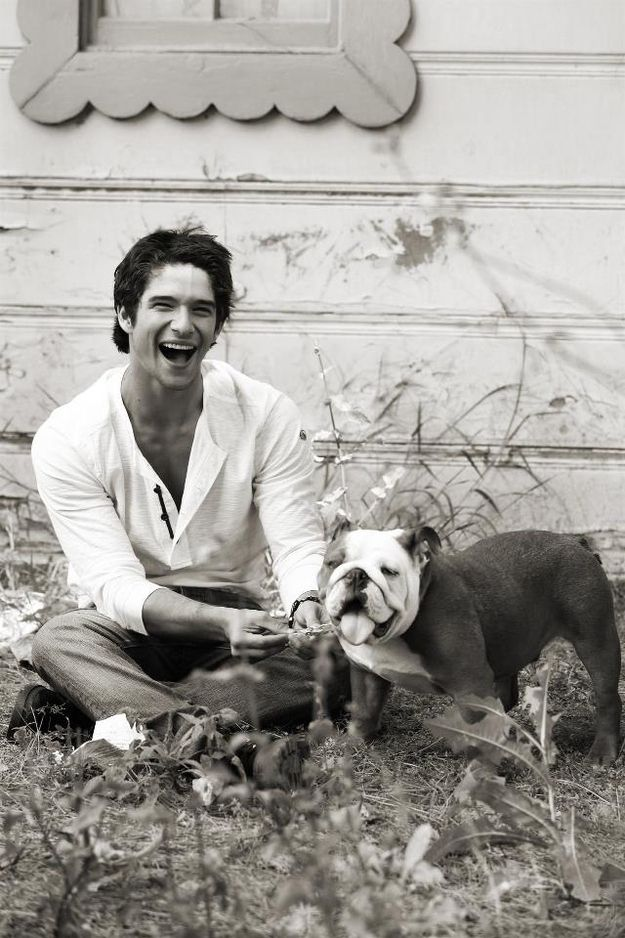 tyler posey is too damn sexy for anyone's own good!