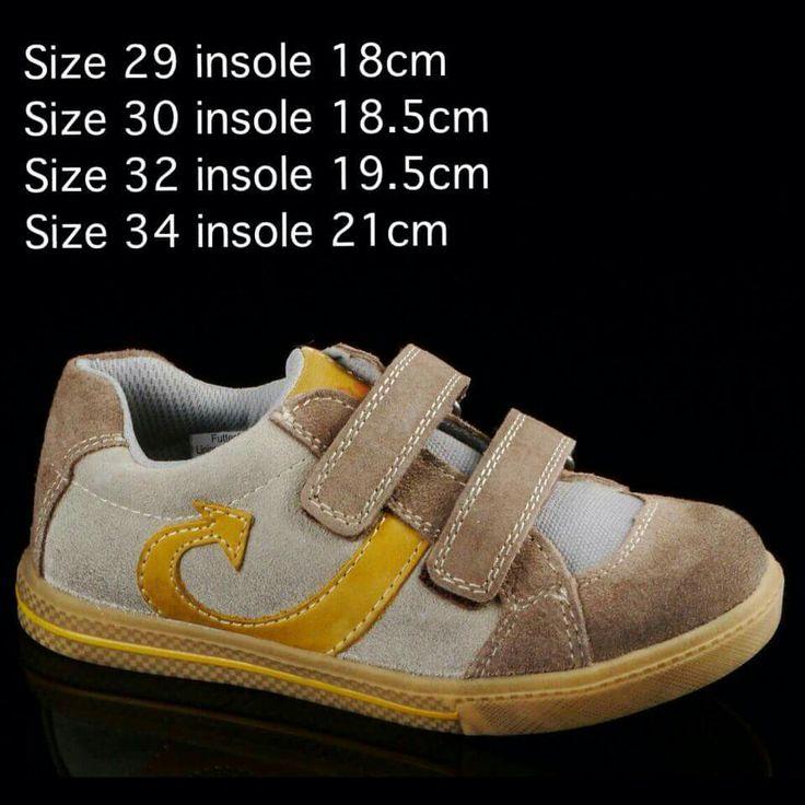 READY STOCK KIDS SNEAKERS KODE : NARROW MUSTARD Size 29,30,32,34 PRICE : Rp.225.000,- AVAILABLE SIZE (insole) : - Size 29 (18cm) - Size 30 (18,5cm) - Size 32 (19,5cm) - Size 34 (21cm)  NOTE : Sesuai utk panjang telapak kaki 16,5cm,17cm,18cm dan 19,5cm.  Material : Genuine leather (kulit asli), Sol karet lentur. Ringan dan nyaman sesuai utk anak-anak.  Insole = panjang sol dalam. Ukurlah panjang telapak kaki anak, beri jarak minimal 1,5cm dari insole.  FOR ORDER : SMS/Whatsapp 087777111986…