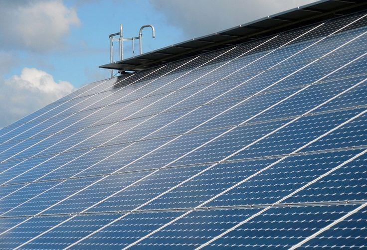 Wielka Brytania ma więcej energii z paneli słonecznych niż z węgla