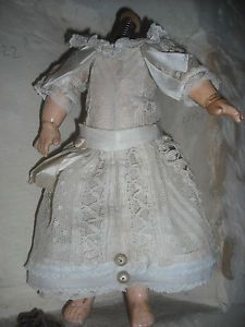 ANTIQUE VICTORIAN FRENCH LACE DOLL DRESS