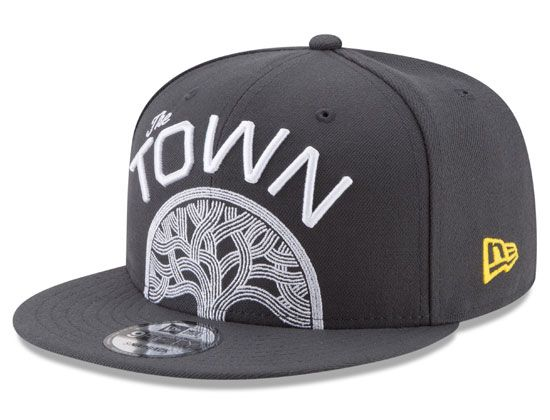 Golden State Warriors Slate The Town Split Logo 9Fifty Snapback Cap by NEW  ERA x NBA bccf31706ad9
