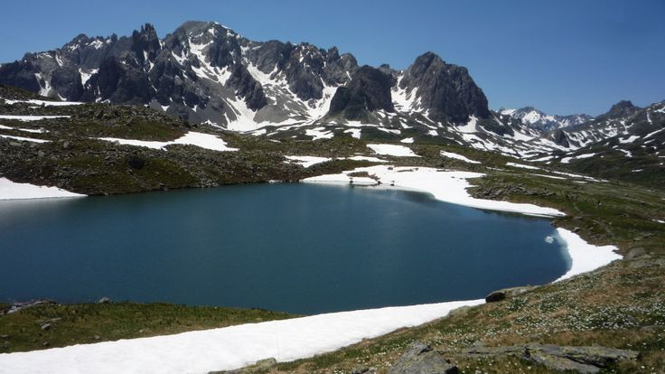 Le lac des Muandes 2580m.