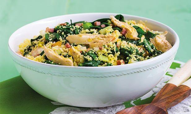 Receita de cuscuz com frango e acelgas, fácil de preparar. Com origem africana o cuscuz pode ser misturado com vários ingredientes.Experimente com frango.