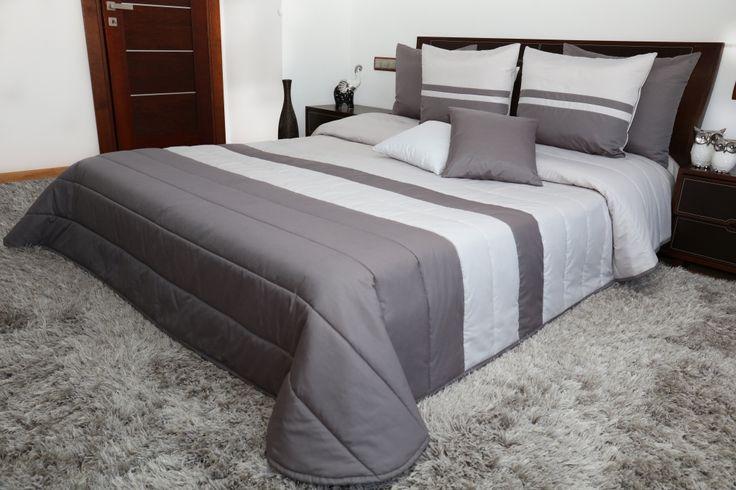 Kvalitní přikrývky na dvoulůžko v odstínech šedé barvy