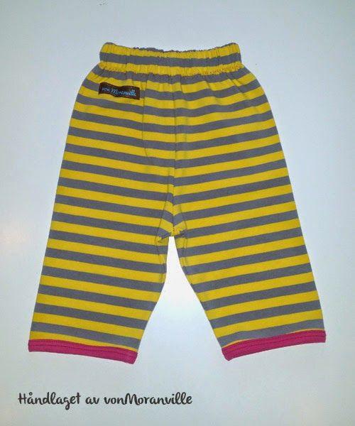 Løs og ledig bukse med korte bein. Strikk i livet. / Short trousers for summer. Elastic waistband.