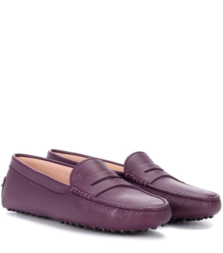 TOD'S Gommino Leather Loafers. #tods #shoes #flats