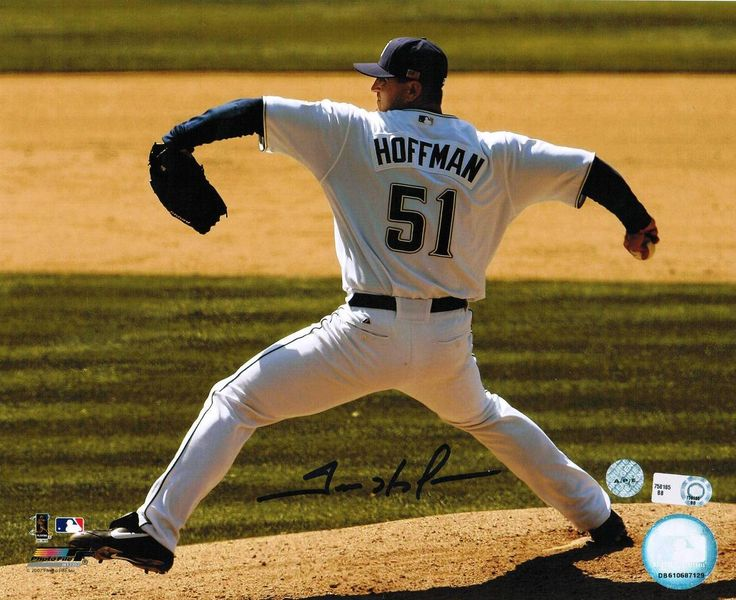 Trevor Hoffman San Diego Padres 8x10 Photo -Pitching-