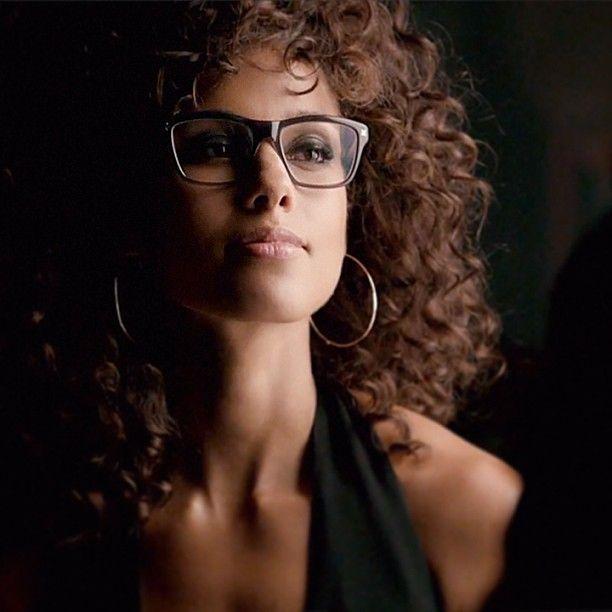 Alicia Keys in Derek Cardigan glasses