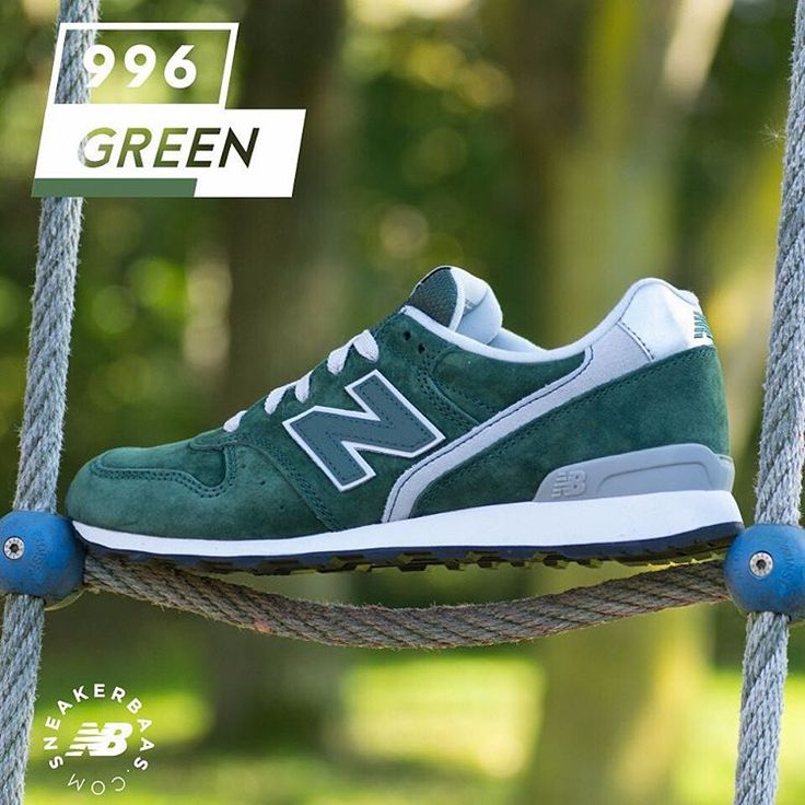 #newbalance #nb996 #newbalance996  New Balance 996 - The simple and slick design of the 996 combines a dark shade of green with grey and white details. Survive the Fall-season with this new banger from New Balance!  Now online available | Priced at 109.99 EU | Wmns Sizes 36 – 42.5 EU