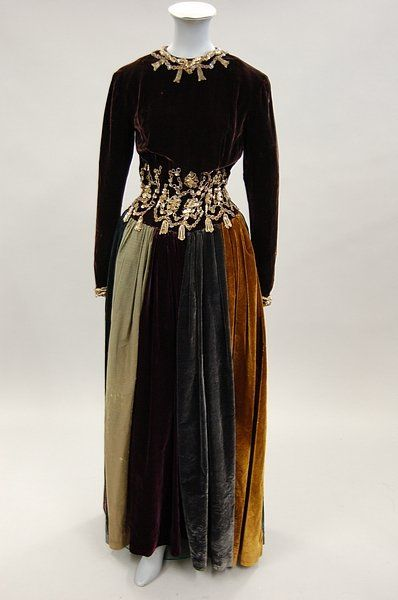 An interesting embroidered velvet ball gown with Jacques Fath label, probably early 1940s.