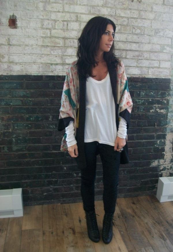 Outfit (Legging/Pant + Tee + Kimono) | oriental/kimono inspired outfits | Pinterest | Kimonos ...
