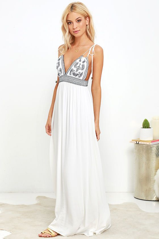 0291ee837336 Flowy Maxi Dresses for Your 2018 Spring and Summer Events | summer maxi,  boho maxi dresses, print maxi dresses, summer maxi dress outfit, beautiful  maxi ...