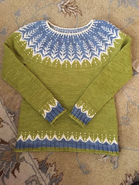 Vintersol by Jennifer Steingass, knitted by loveumore | malabrigo Worsted in Natural, Lettuce and Stone Blue