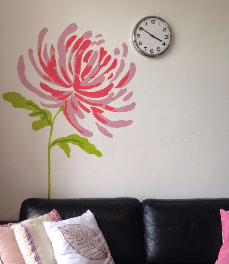 Muurschildering bloem gemaakt door Pims muurschilderingen